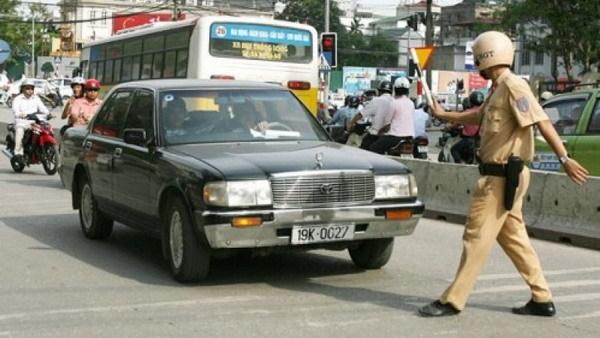 giao thông, lái xe, những lỗi rất phổ biến, cảnh sát giao thông, vi phạm, tài xế, bị phạt, mức phạt, ô tô, xe máy
