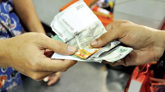Trả tiền thừa bằng kẹo, chiêu trò, lãi khủng, siêu thị, khách hàng, mánh khóe, văn hóa siêu thị