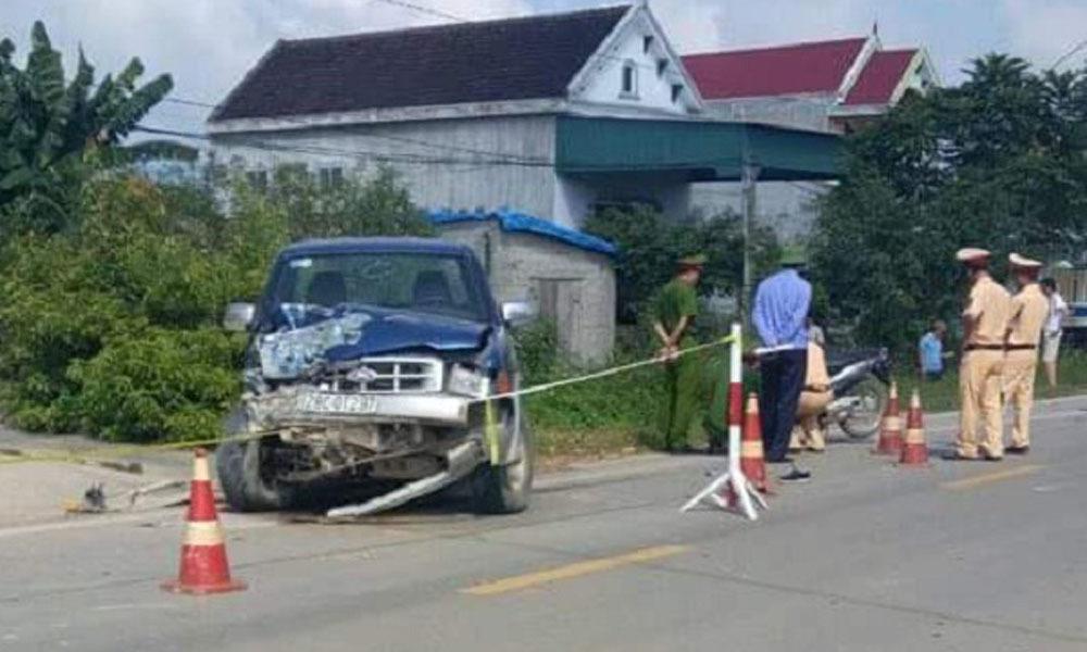 Chủ tịch xã lái xe ô tô đâm chết 2 người