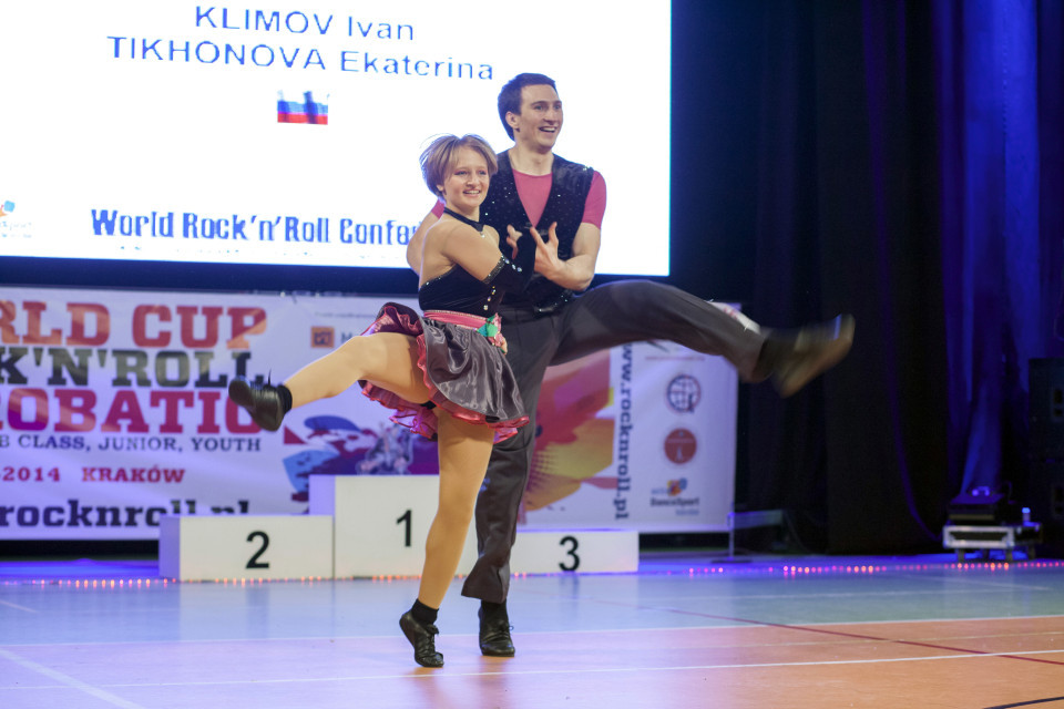 Xem con gái Putin biểu diễn khiêu vũ