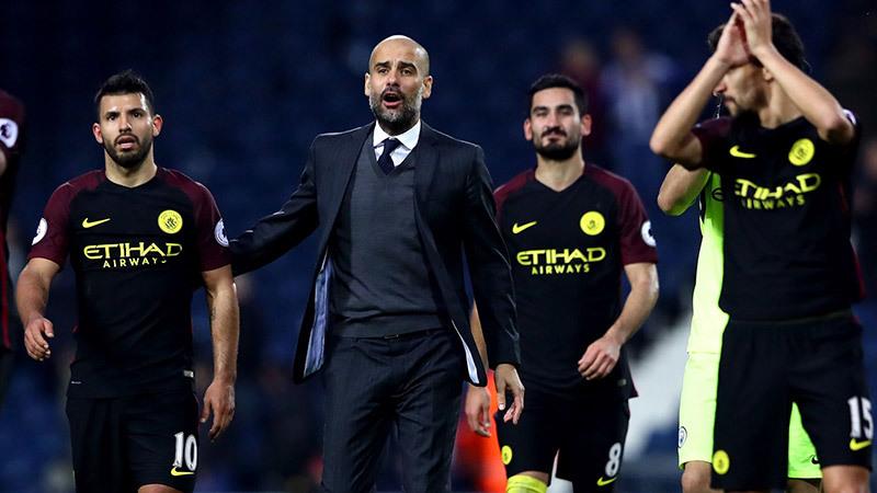 Pep ôm hận vì trò cũ, Barca đoạt vé sớm