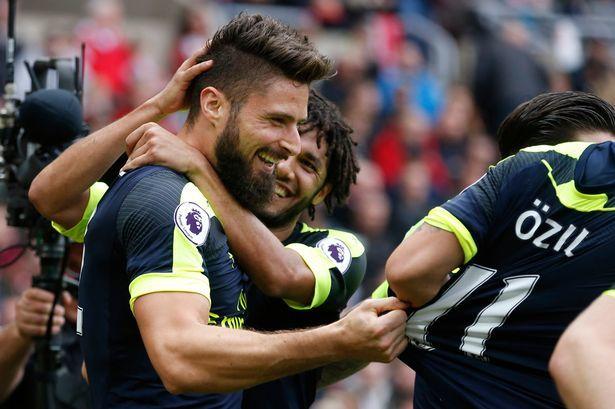 Arsenal sẽ vô địch Ngoại hạng với Giroud 'siêu dự bị'