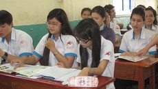 Tiền học thêm trong trường cao nhất 18.000 đồng