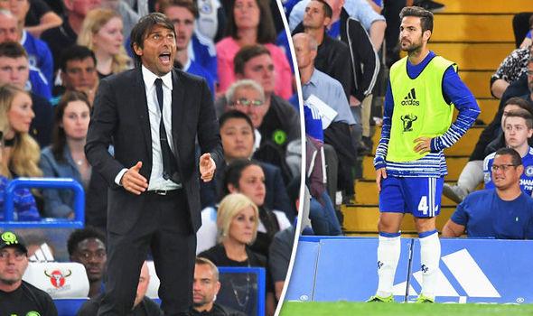 Bị Conte trù dập, Fabregas trốn chạy khỏi Chelsea