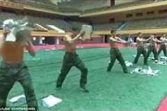 Xem lính Triều Tiên dùng đầu đập vỡ gạch