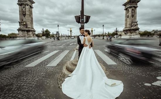 Ảnh cưới cổ tích ở Paris của 'Cô gái thời tiết' Mai Ngọc