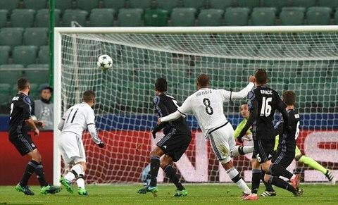 Video bàn thắng Legia Warszawa 3-3 Real Madrid