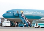 Trục xuất khách Trung Quốc ăn cắp trên máy bay