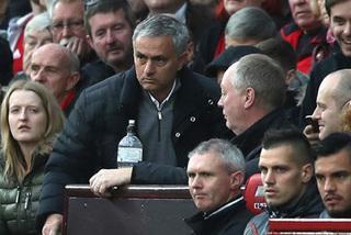 Mourinho bị cấm chỉ đạo 1 trận, nộp phạt 58.000 bảng