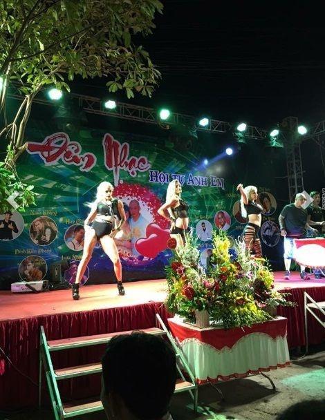 Tiệc sinh nhật đại gia Thái Bình: Bao trọn gói 50 diễn viên, ca sĩ
