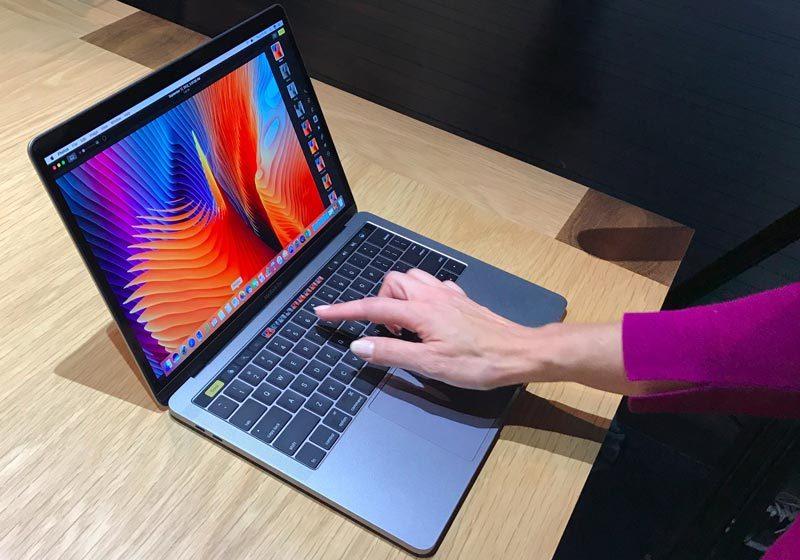 Apple, MacBook Pro 2016, MacBook Pro, MacBook, Touch Bar, đơn đặt hàng, kỷ lục