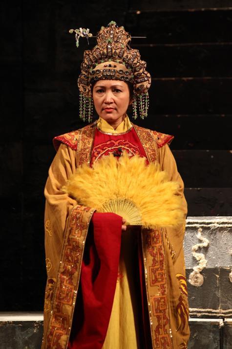 Phản ứng không ngờ của khán giả khi Minh Hòa đóng vai ác - Ảnh 4.