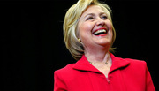Hillary giành lại thế thắng, bỏ xa Trump