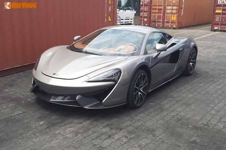 Ngắm siêu xe McLaren 570S giá 12 tỷ đồng dát vàng độc nhất Việt Nam