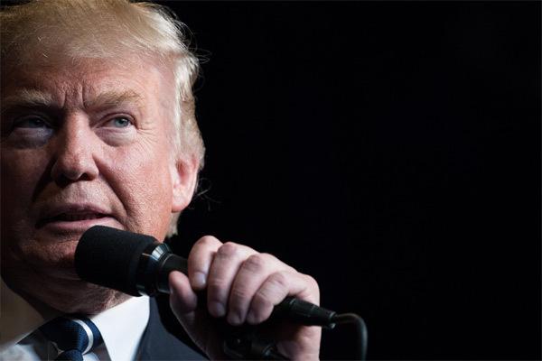 Đe dọa khủng khiếp của Trump