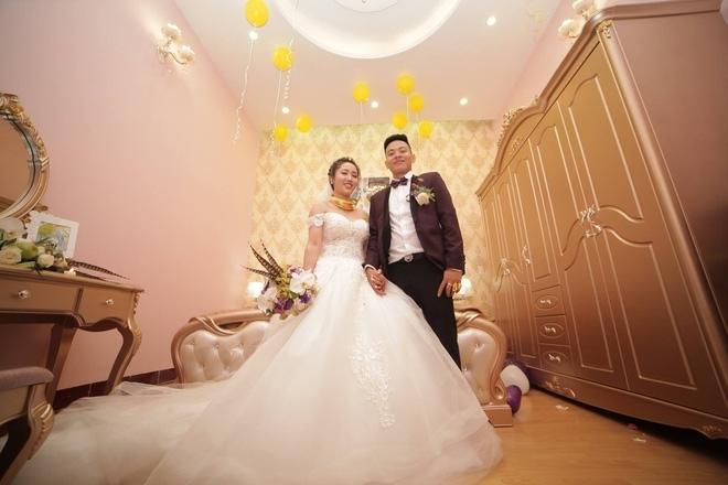 đeo vàng, dát vàng, con nhà giàu, đám cưới 'khủng', siêu xe, mâm cỗ, đẳng cấp, đám cưới, cô dâu, hồi môn, quà cưới, Lạng Sơn, Hà Nội, liễu Hà Tĩnh