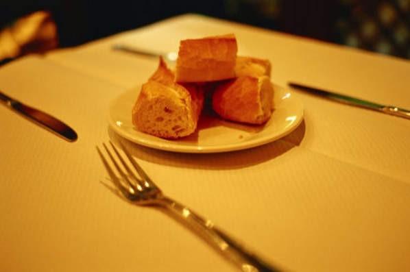 10 văn hóa ẩm thực bạn cần biết khi du lịch