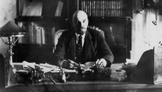 'Chẳng có người Trung Quốc nào canh gác cho Lenin cả'