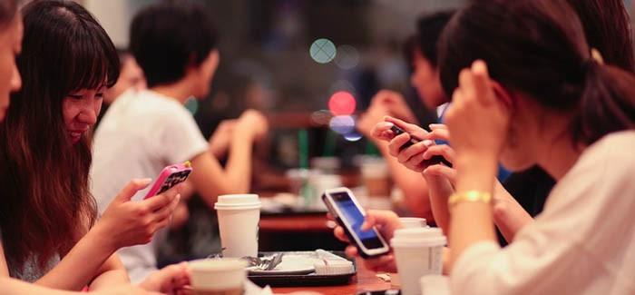 Tốc độ 3G Việt Nam: 'mang tiếng oan' vì gói cước bất hợp lý