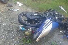 Xe máy đấu đầu ô tô, 3 thanh niên tử vong tại chỗ