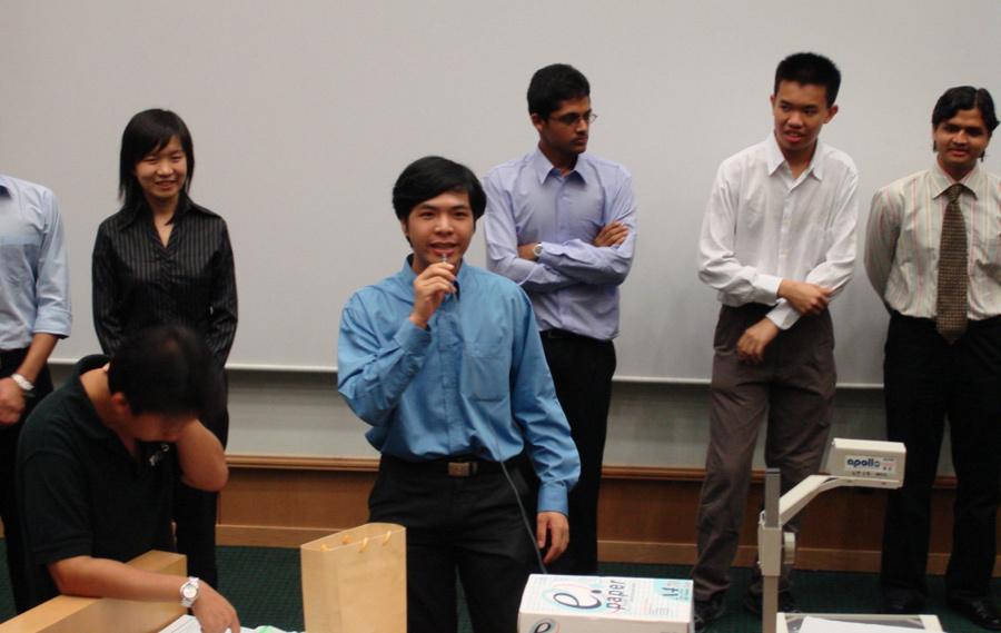 Kỹ sư Việt ở Bloomberg: 'Hãy để người trẻ chinh chiến'