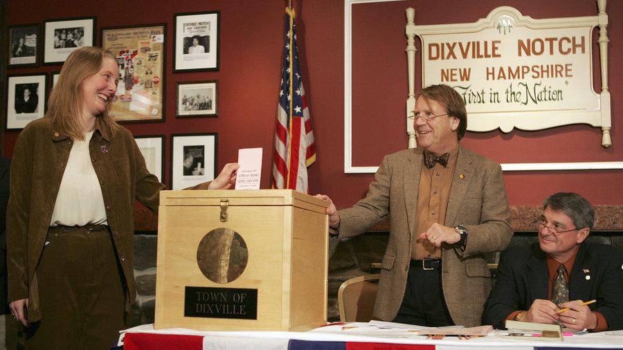 Những người đầu tiên đi bỏ phiếu bầu Tổng thống Mỹ