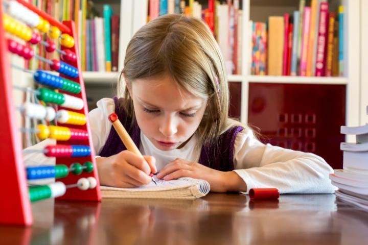 Trường học bỏ bài tập về nhà được phụ huynh, học sinh ủng hộ