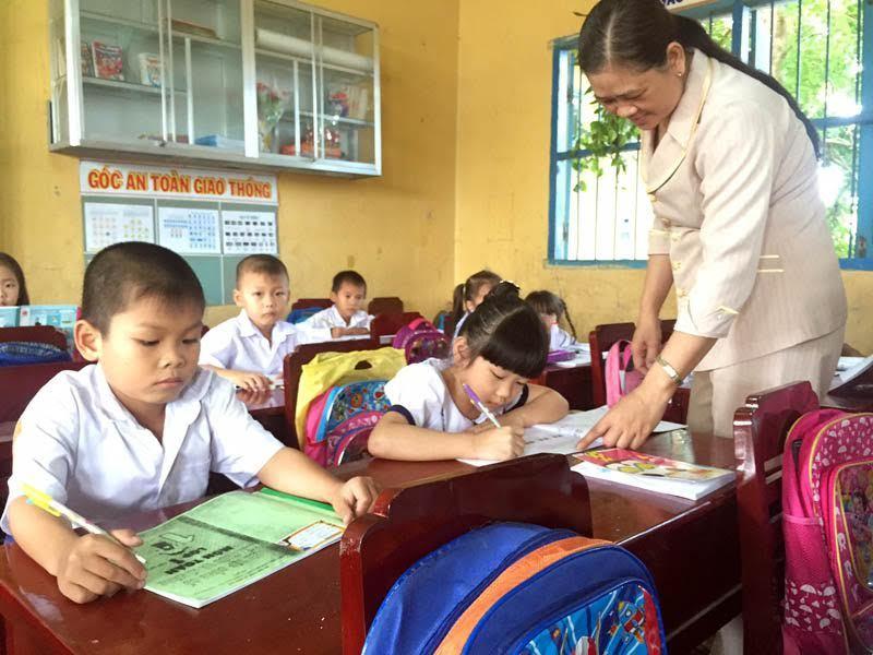 Mong Bộ miễn soạn giáo án cho giáo viên lâu năm