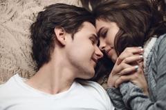 4 lý do các cặp vợ chồng thích 'yêu' về đêm