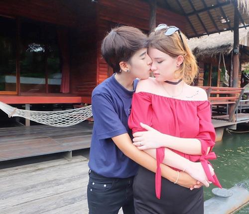 Sự thật về 'nữ thần' Thái Lan khiến cánh mày râu 'đứng hình'