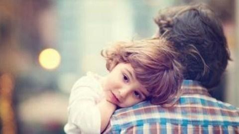 """Người cha bật khóc vì """"sự lựa chọn thứ tư"""" của con gái"""