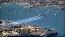 Máy bay chiến đấu Mỹ đâm nhau