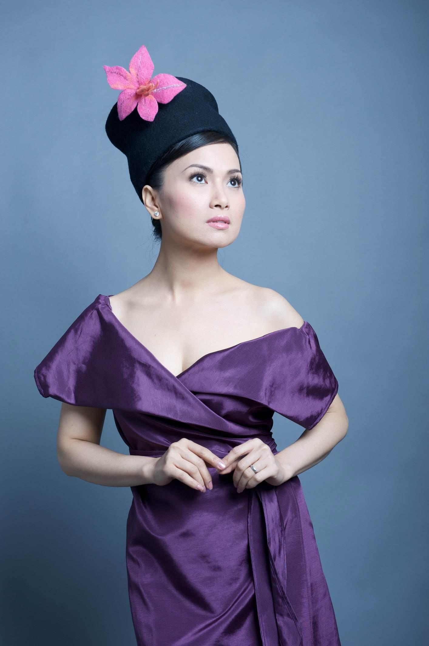 Vợ tỷ phú Chính Chu chi nửa tỷ làm từ thiện