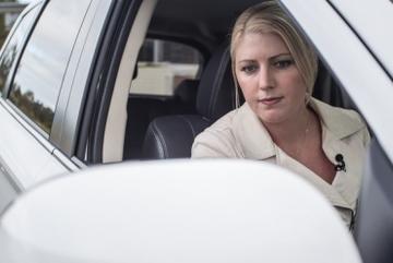 Kỹ năng cơ bản lùi xe an toàn cho tài xế mới