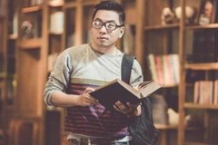 """Tôi thuộc thế hệ """"ngồi ngay ngắn đọc sách làm bài tập về nhà"""""""