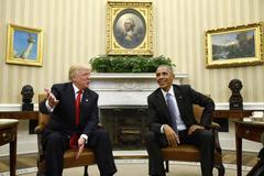 Trump nức nở khen Obama là 'người rất tốt'