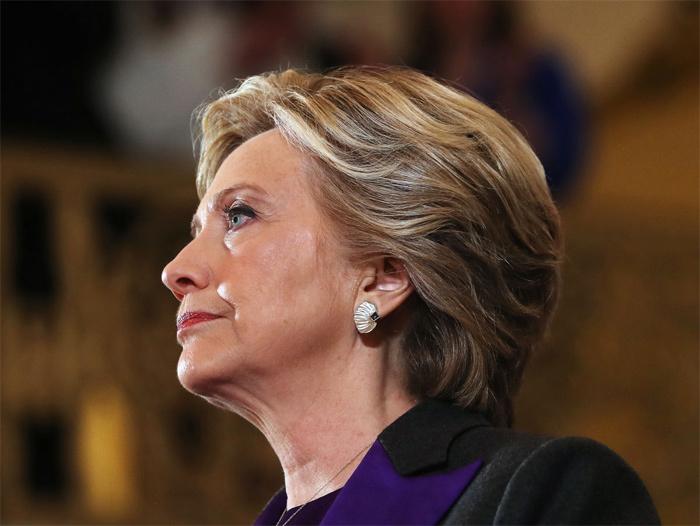 Thất cử, Hillary về nhà đi bộ leo núi cùng chồng