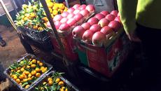 Hoa quả Tàu 6 - 10 ngàn/kg, dấu vết cảnh báo dính độc