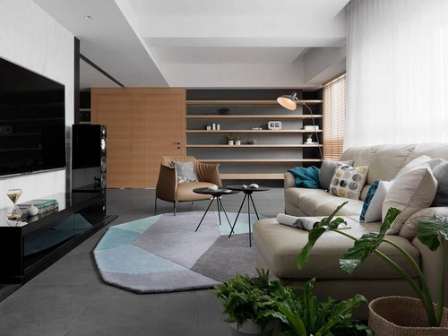 Với diện tích 77m², KTS đã cải tạo vô cùng hợp lý để căn hộ có 3 phòng ngủ mà vẫn thoáng