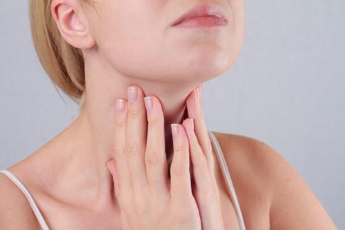 Khỏi lo sẹo lồi sau phẫu thuật tuyến giáp