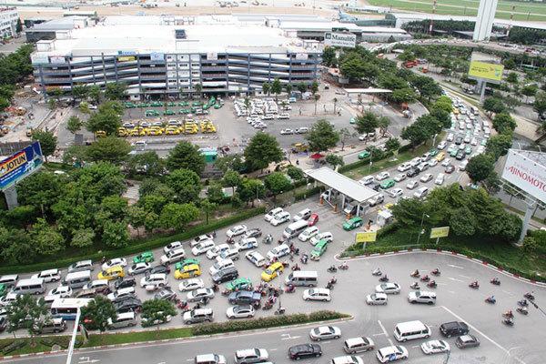 Hôm nay, cấm ôtô tải theo giờ quanh Tân Sơn Nhất