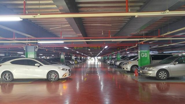 Nhà để xe '5 sao' ở sân bay Tân Sơn Nhất