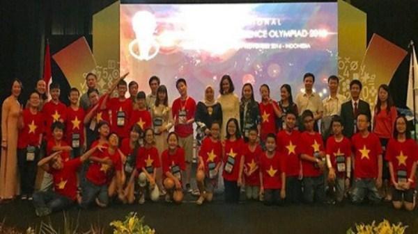 Đội tuyển Toán Việt Nam xếp thứ nhất trong 23 quốc gia và vùng lãnh thổ tham dự kỳ thi IMSO 2016