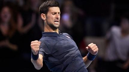 ATP World Tour Finals: Djokovic thắng ngược trận ra quân