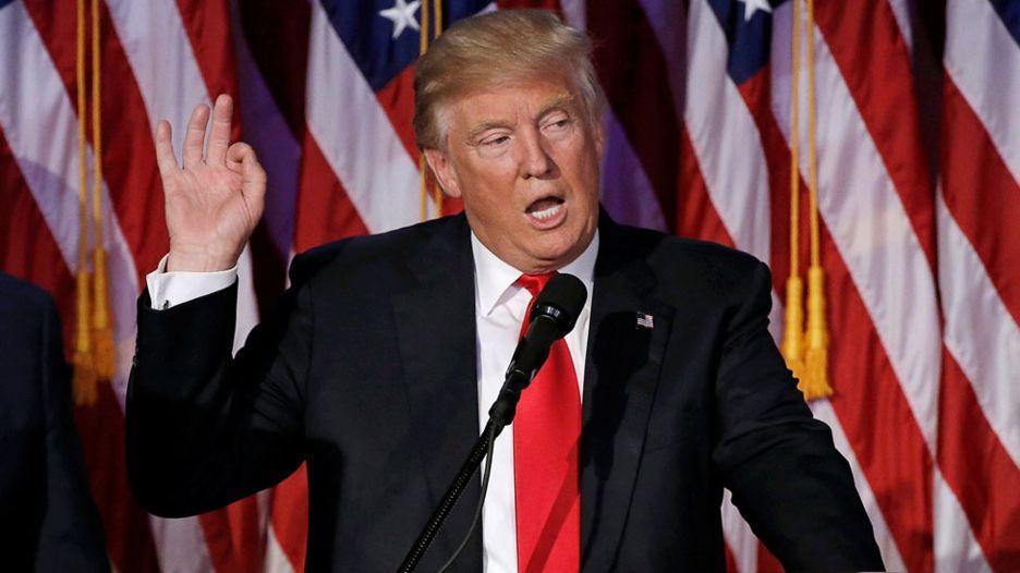 Donald Trump bị truyền thông Mỹ nhào nặn ra sao?
