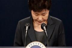 Tổng thống Hàn bị thẩm vấn, tín nhiệm còn 5%