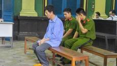 Người chở xác con rể đi đầu thú xin lỗi trước tòa