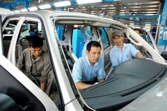 Giá ô tô giảm, cả quốc gia hưởng lợi