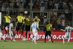 Chiêm ngưỡng pha sút phạt thần sầu của Messi