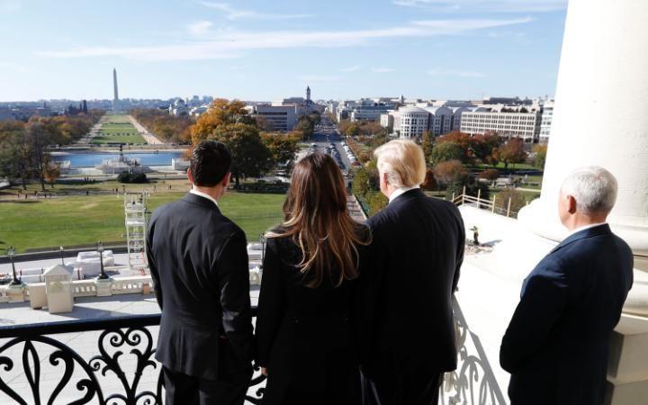 Trump sẽ làm gì trong ngày nhậm chức?
